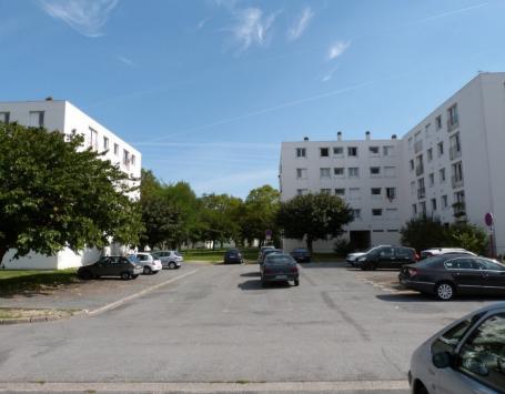 Les bâtiments du fond de la cité Beauval, des immeubles à réhabiliter et des espaces à requalifier
