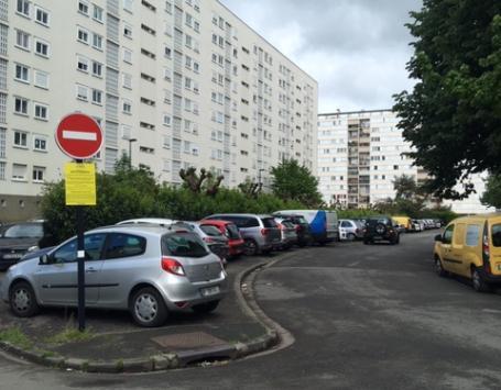Le parking actuel situé au fond de la rue Maryse Bastié sera réservé aux habitants du bâtiment A