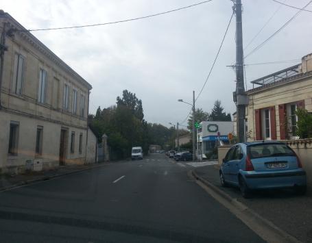 Cours du Général de Gaulle à Gradignan vers la rue Edouard Michel