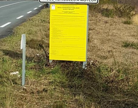 Affichage réglementaire indiquant les modalités de l'enquête publique arrêtées par la préfecture de Gironde