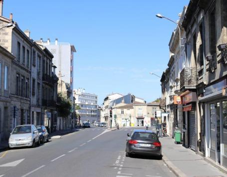 La place Delaunay à Bordeaux centre