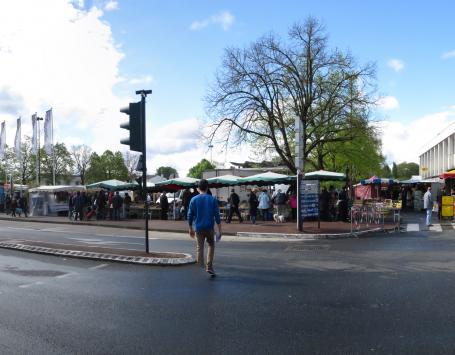 Exit Paysagistes Associés - Place de la République à Saint-Médard en jalles aujourd'hui – Marché